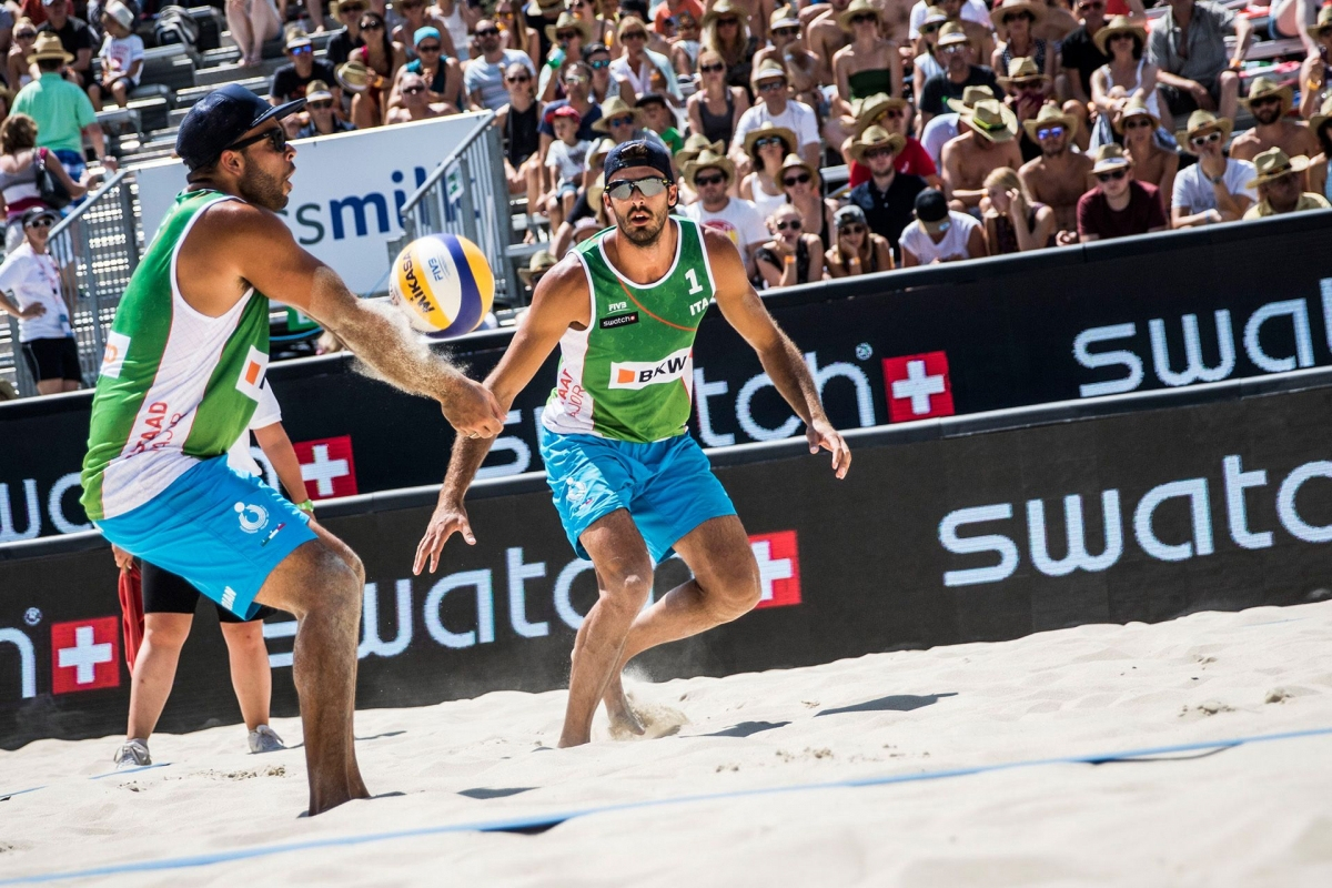 Carambula/Ranghieri here at Gstaad Major in 2015 are trained by Brazilian ex-pro beach volleyball athlete Paulo Moreira; Photo credit: Andreas Langreiter