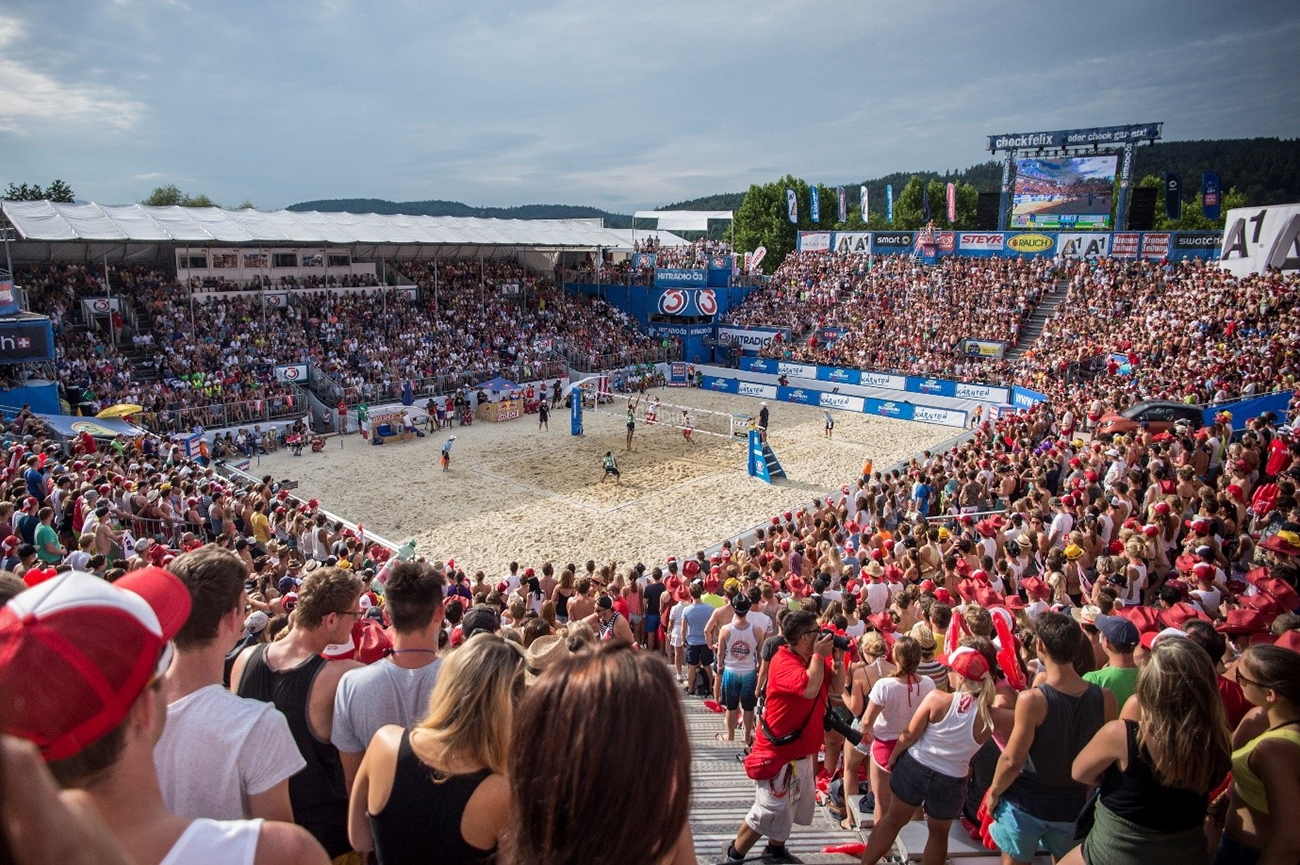 Austrian fans pack the stadium at Klagenfurt at last year's CEV European Championship. You could be there with us this summer! Photo credit: Philipp Schuster