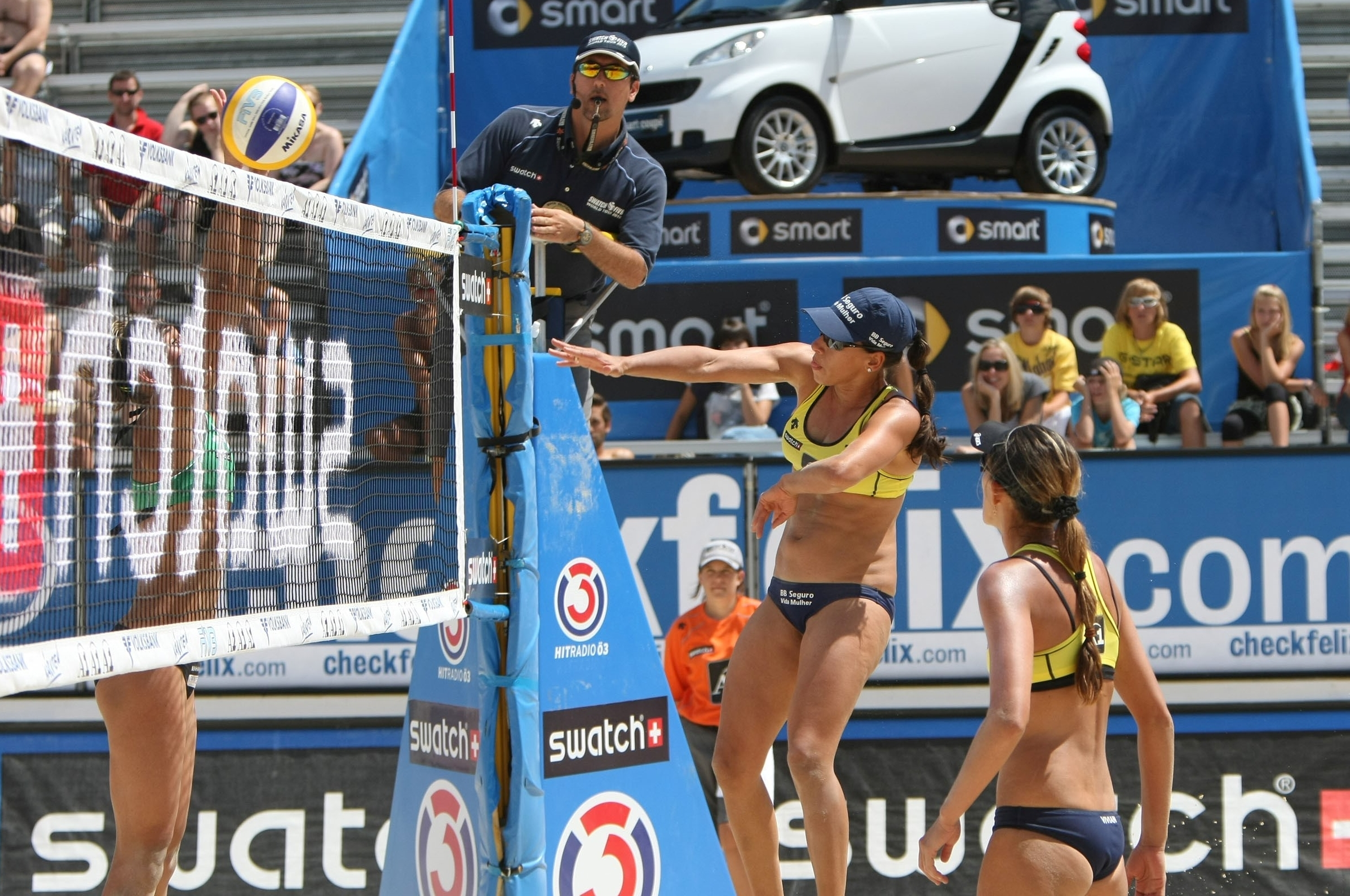 Drago Preslac stopped working as engineer to follow his passion of being beach volleyball referee. Photocredit: FIVB